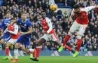 'Hung thần' cầm còi, Arsenal lại ôm hận trước Chelsea?