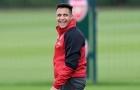 Sanchez cười khoái trá trước đại chiến với Chelsea