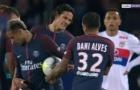 Cavani lại từ chối cho Neymar sút penalty