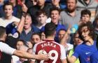 CĐV Chelsea tranh cãi nảy lửa vì chiếc thẻ đỏ của David Luiz