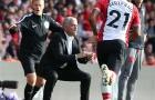 Mourinho dùng tiểu xảo để câu giờ cho học trò