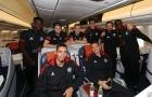 Thầy trò Mourinho hí hửng đáp máy bay đến Nga