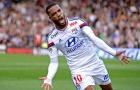 Alexandre Lacazette từng nguy hiểm thế nào trong màu áo Lyon?