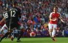 Mesut Ozil thể hiện ra sao khi đối đầu Man Utd?