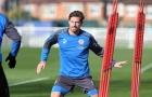 Adrien Silva ra sân tập với số áo TRÊU NGƯƠI