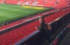 'Nữ thần' nhạc Việt thế hệ 8x, 9x bất ngờ đặt chân tới Old Trafford