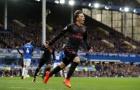 Ozil được CĐV đưa lên mây với màn trình diễn trước Everton