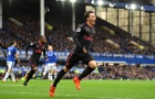 'Mesut Ozil khó sống với Mourinho'