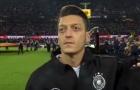 De Bruyne và Mesut Ozil, ai mới là chân chuyền số 1 của NHA?