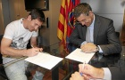 'Messi đã chính thức gia hạn với Barca từ lâu'