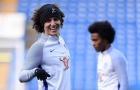 Làm hòa với Conte, Luiz tươi như được mùa khuấy động sân tập Chelsea