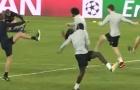 Buổi tập cuối cùng của Liverpool trước thềm 'chung kết' với Sevilla