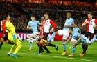 'Cóng' ngay tại Etihad, Man City thắng nhọc nhờ siêu nhân Sterling