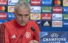 Mourinho mắng tuyển Anh, mong Smalling mất suất ở 'Tam sư'