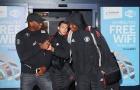 Thua Basel, Paul Pogba vẫn 'quẩy' mạnh trên đường về Manchester