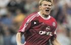 Stefan Effenberg chuyền bóng xuất sắc như thế nào?