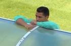 Những hình ảnh hài hước của Ronaldo bên ngoài sân bóng