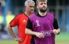 Tiết lộ: Mourinho gián tiếp đưa Shaw đến M.U