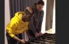 Màn kết hợp giữa Pogba và Zlatan bên ngoài sân bóng
