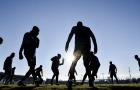 Juventus hóa vũ công dưới ánh nắng hoàng hôn