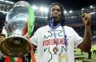 Cửa về Bayern đóng sập với 'Cậu bé vàng' 2016