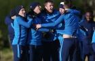 Sân tập Tottenham vui như trẩy hội trước đại chiến Man City