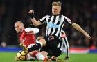 Chiến binh Jack Wilshere 'cân' hết hàng tiền vệ Newcastle
