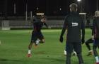 Messi, Suárez và Mascherano mang lại sức sống cho buổi tập của Barcelona