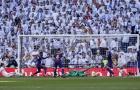 Chửi rủa cầu thủ Barca, CĐV Real Madrid bị La Liga 'sờ gáy'