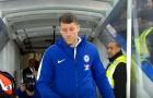 Khoảnh khắc Ross Barkley được chào đón tại Stamford Bridge
