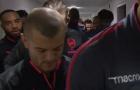 Tình huống dẫn đến chấn thương của Wilshere trong trận đấu với Chelsea