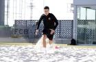 Coutinho lần đầu xỏ giày ra sân tập của Barcelona