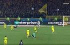 Trọng tài trận Nantes-PSG đá cầu thủ rồi rút thẻ đỏ khi bị vấp té