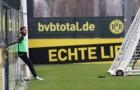 Aubameyang trầm tư trong buổi tập cuối ở Dortmund?