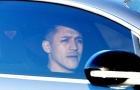 CỰC NÓNG: Sanchez sang Manchester United kiểm tra y tế