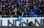 Thắng vừa đủ, Napoli quyết không cho Juventus vượt mặt