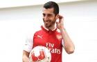 Mkhitaryan e thẹn trong ngày ra mắt Arsenal