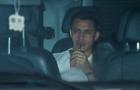 Alexis Sanchez lần đầu đi xe đến sân tập Carrington