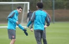 'Ma mới' Mkhitaryan liên tục nhận được sự quan tâm từ các cầu thủ Arsenal