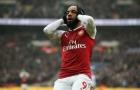NÓNG: Arsenal gặp họa lớn, Lacazette chấn thương cực nặng