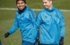 Ronaldo 'cười yêu' với Casemiro trước trận đại chiến