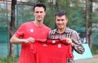 Công Vinh thanh lý hợp đồng với cựu tiền vệ Manchester United