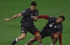 'Hục hặc' Hummels, Lewandowski bắt đầu làm loạn ở Bayern?