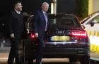 Sir Alex theo chân Man Utd đến khách sạn Lowry