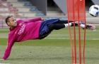 Neymar thể hiện kỹ năng trên sân tập