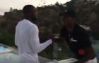 Động tác bắt tay bí mật giữa Lukaku và Pogba