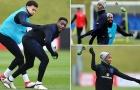 Chán bóng đá, dàn sao tuyển Anh chơi trò lạ