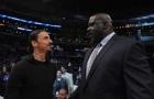 Ibra trông cực kỳ nhỏ bé khi đứng bên cạnh huyền thoại làng NBA