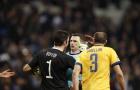 Quan điểm: Michael Oliver là trọng tài xuất sắc, dũng cảm và nên dự World Cup