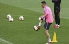 Vì Torres, HLV Simeone đặt mục tiêu vô địch Europa League